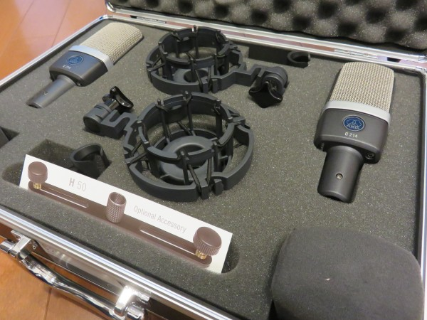 C214 stereo set 箱中身2