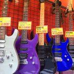 中古で1万円のギターは割り切って買うべし